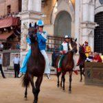 Conoscere per Viaggiare: Tradizioni e Manifestazioni che ci riportano indietro nel tempo