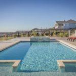 Costruire una piscina interrata in giardino: qualche consiglio utile
